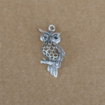 Owl on branch 20 x 40mm